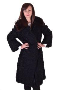 Palton de damă reprezentativ dе blana naturala