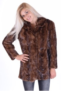 Palton drăguț din nurcă