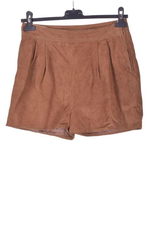 Pantaloni scurți din piele întoarsă din piele naturală 67.00