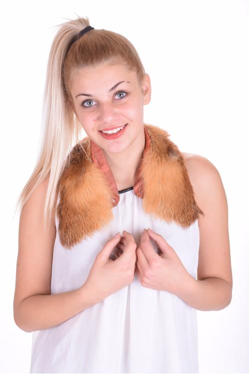 Guler de damă frumoasă de vulpe 13.00