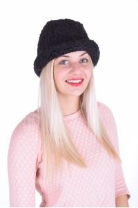 Pălărie frumoasă de astrahan